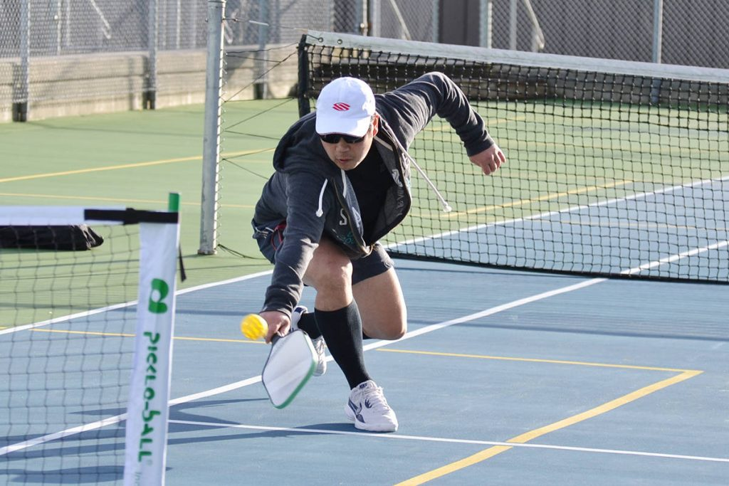 Best Shoes for Pickleball Review